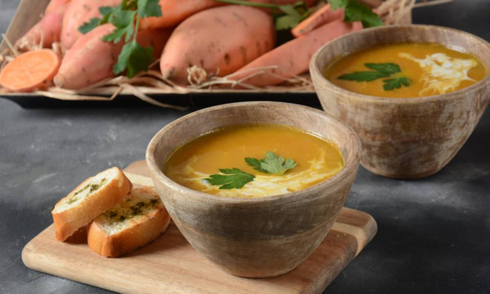5 Best Low-Calorie Soups Recipes for Weight Loss & Fitness