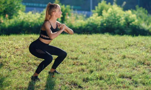 A Booty Kicking Indoor Workout You Can Do Anywhere! | Mevolife - 2
