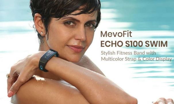 Change-Your-Pace-With-Fitness-Band-For-Swimmers