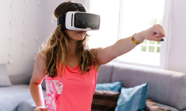 How To Exercise At Home Without Equipment Through Virtual Training?-2
