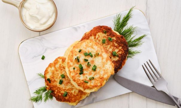 Salmon Cakes with Dill Sauce - 2