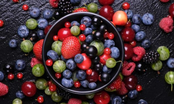 Tasty-Berry-Recipes-For-Weight-Loss