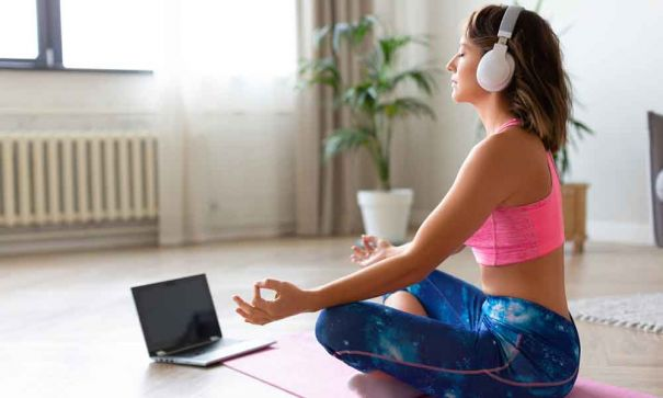 Top Your Workouts with Online Fitness Experts and Wireless Music - 2