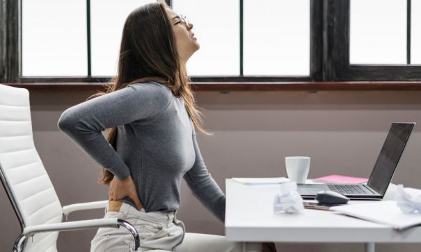 Troubled With Backache? Your Posture Could Be At Fault!-2
