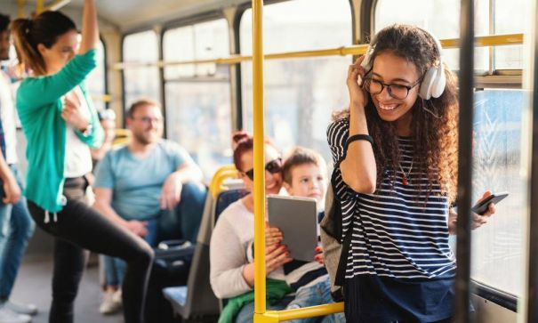 Using Public Transport: The key to losing weight successfully - 2
