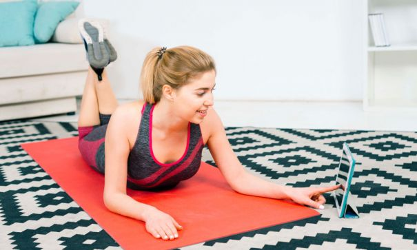 What Makes Online Yoga Training The Way To Go For Virtual Fitness At Home In 2020?