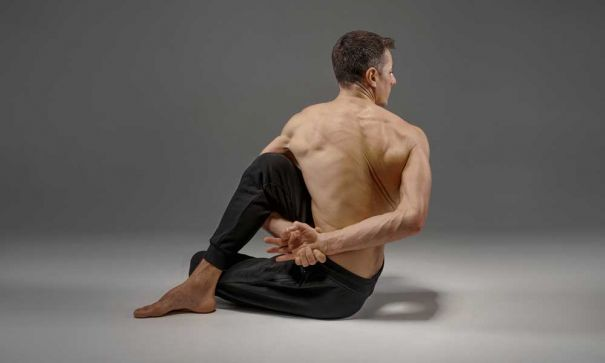 What Vedic Gurus and Fitness pros say about Yoga? - 2