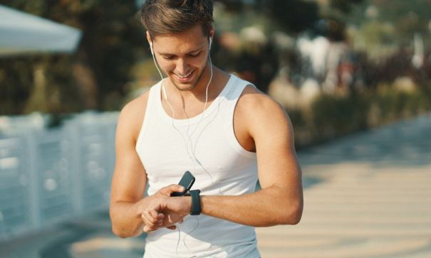 Your Fitness Wearable Can Help You Workout Better And Longer, Say Experts!