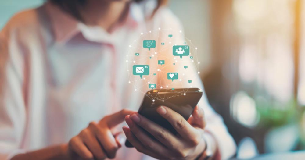 Benefits Of Using On-Demand Communication And Chat Software