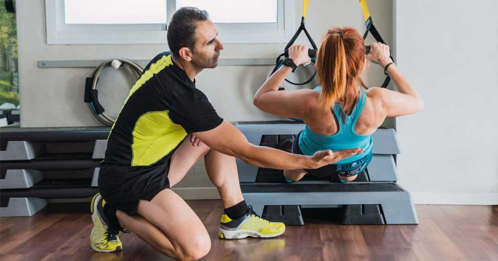get a qualified virtual fitness trainer for trx body resistance training exercise at home for lean muscles
