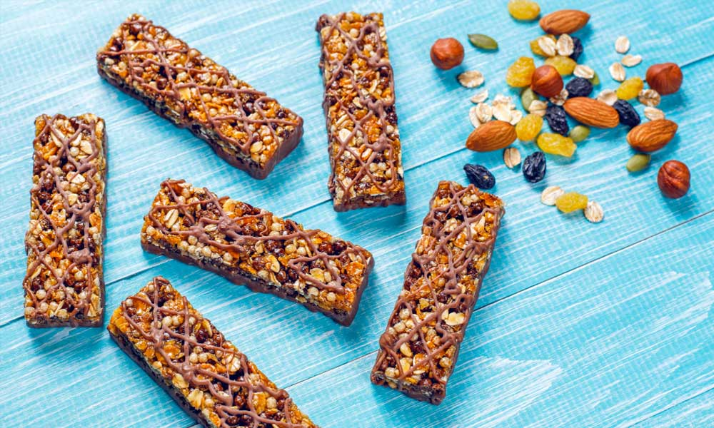 granola bars are an easy protein source