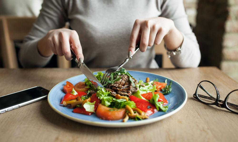 Healthy Eating Lead To Fitness, Fad Diets Don