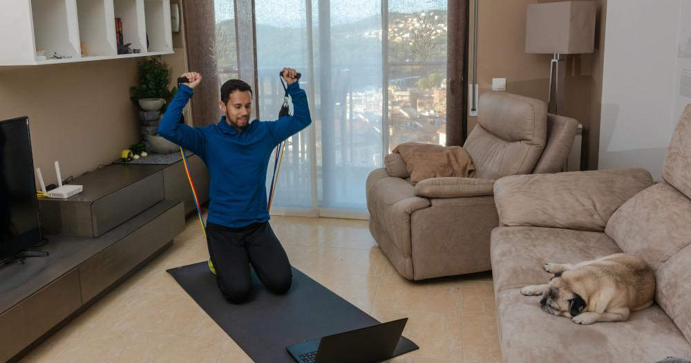 How does virtual fitness gym work?