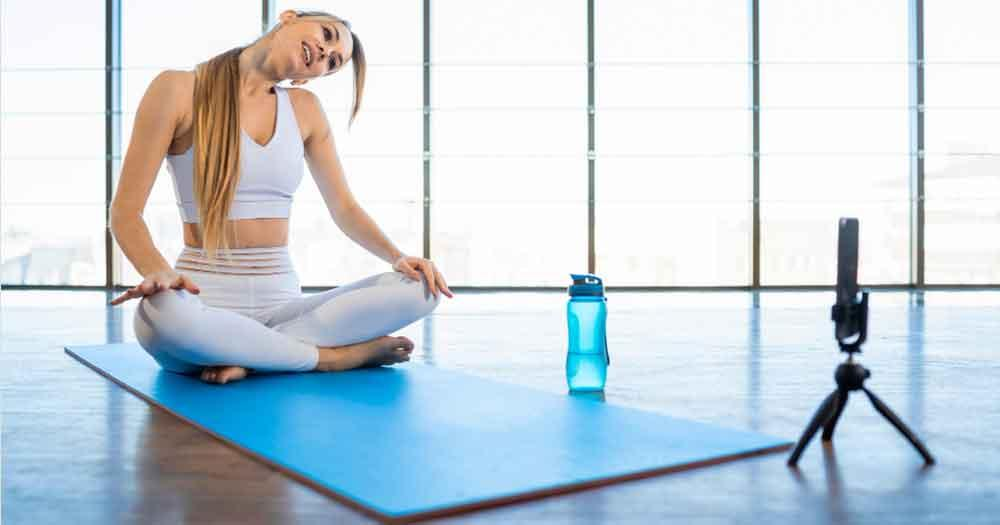 Let an Online Expert Show You How to Do Yoga the RIGHT way! - 4