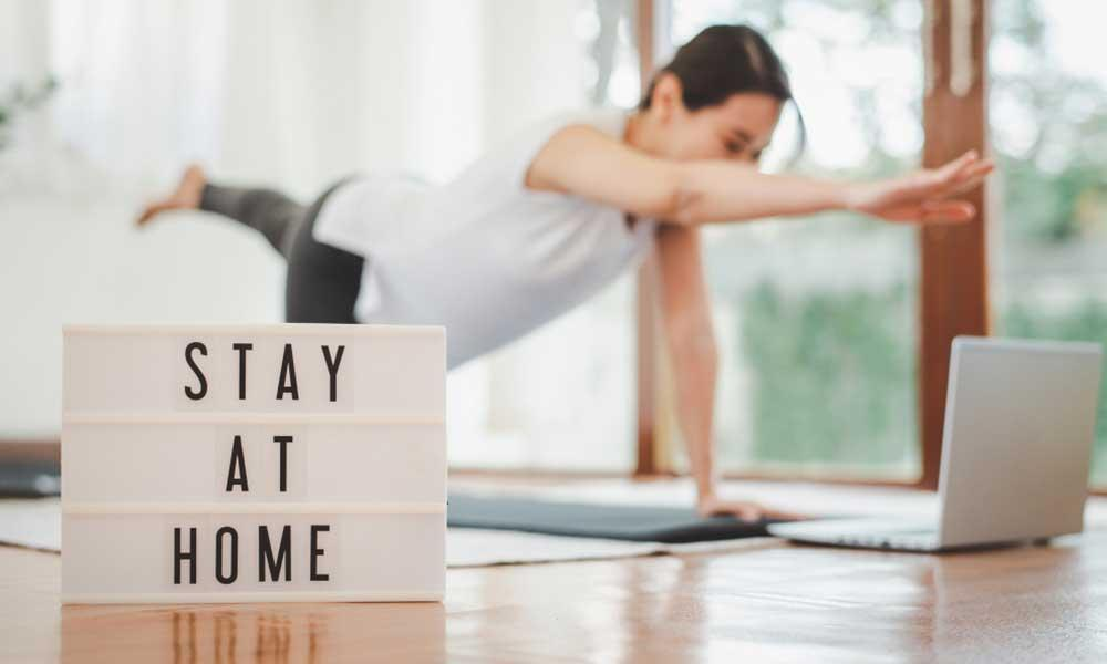 Online personal trainer for home-based fitness sessions