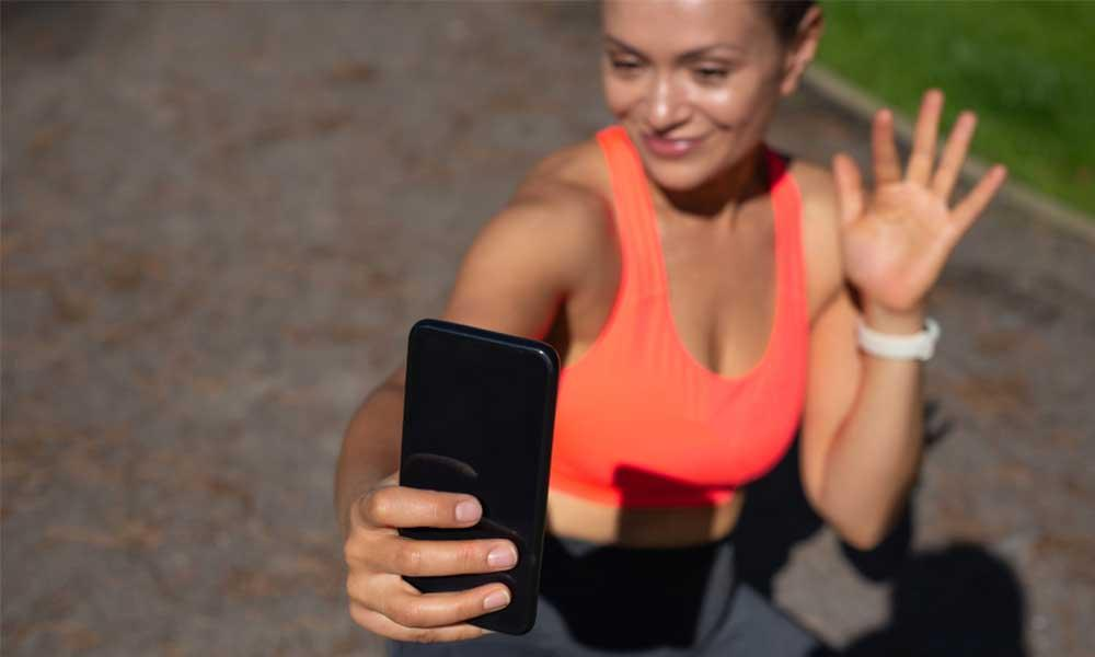 Special Case: Consulting an Online Fitness Trainer after Wearing a Fitness Smartwatch