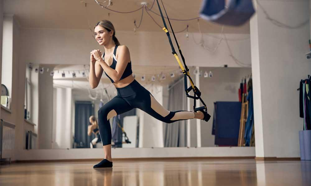 suspended lunges trx exercise for back and legs