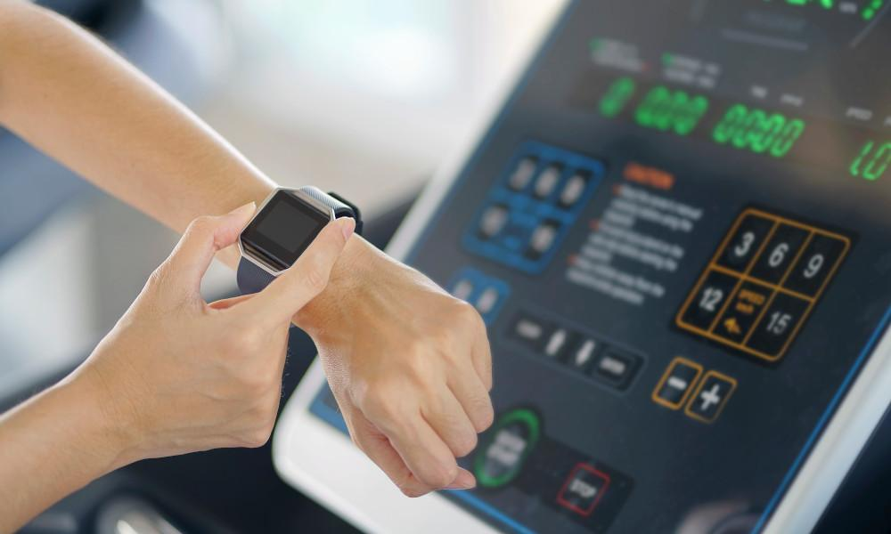 Your Fitness Wearable Can Help You Workout Better And Longer, Say Experts! - 4